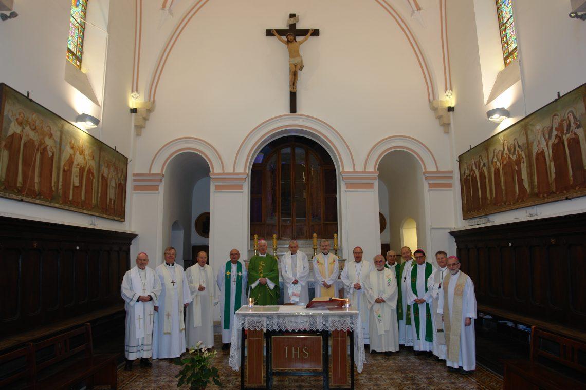 Foto con los Obispos - Stella Maris